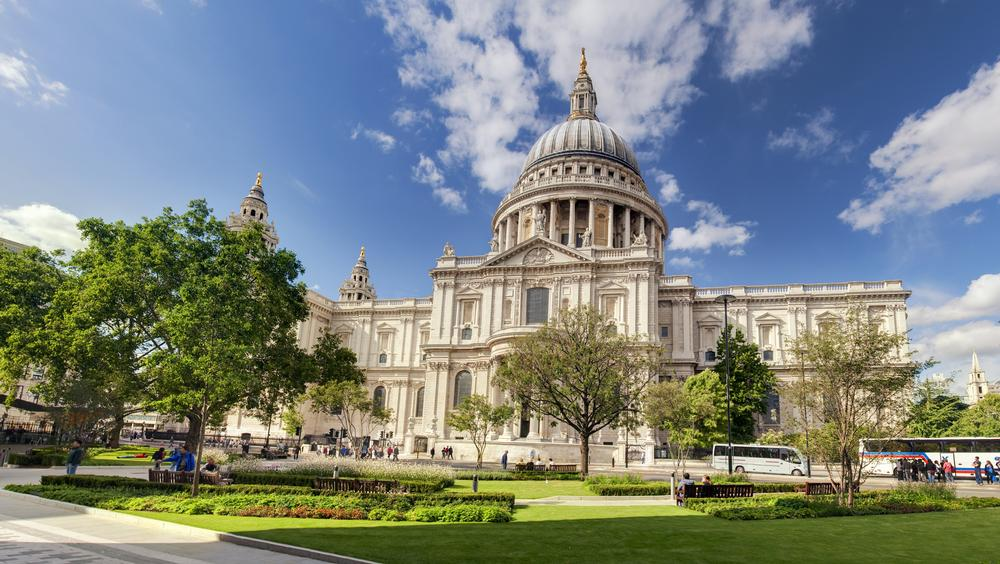 st-pauls-cathedral-37630954